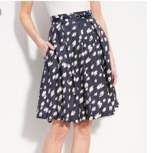 Kate Spade Pleated 100% Silk Skirt Size 4